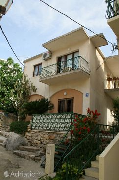 Property Baška Voda (Makarska) - Accommodation 2720 - Apartments near sea with pebble beach.