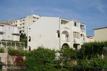 Property Baška Voda (Makarska) - Accommodation 2725 - Apartments near sea with pebble beach.