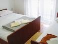 Duće, Bedroom 1 u smještaju tipa apartment, WIFI.