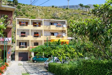 Property Duće (Omiš) - Accommodation 2730 - Apartments near sea with sandy beach.