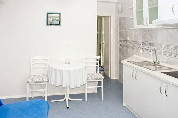 Apartment A-2733-c - Apartments and Rooms Živogošće - Porat (Makarska) - 2733