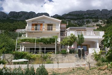 Property Pisak (Omiš) - Accommodation 2750 - Apartments near sea with pebble beach.