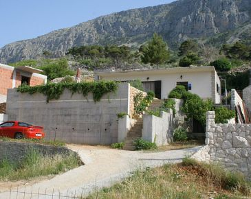 Property Lokva Rogoznica (Omiš) - Accommodation 2759 - Apartments with pebble beach.