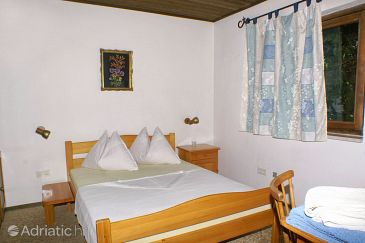 Room S-2781-d - Rooms Nemira (Omiš) - 2781
