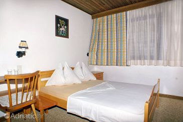 Room S-2781-e - Rooms Nemira (Omiš) - 2781