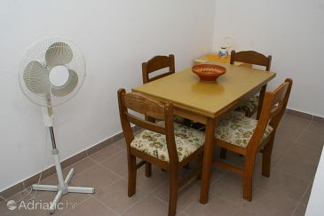 Studio flat AS-2798-b - Apartments Omiš (Omiš) - 2798