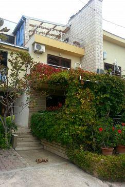 Obiekt Sumpetar (Omiš) - Zakwaterowanie 2807 - Apartamenty ze żwirową plażą.