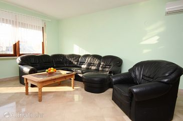 Apartment A-2817-b - Apartments Trogir (Trogir) - 2817