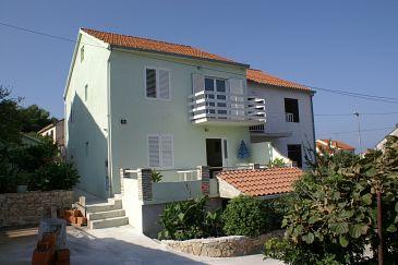 Obiekt Supetar (Brač) - Zakwaterowanie 2835 - Apartamenty ze żwirową plażą.