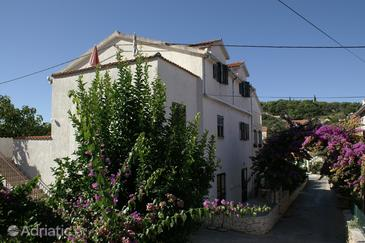 Property Sutivan (Brač) - Accommodation 2842 - Apartments with pebble beach.