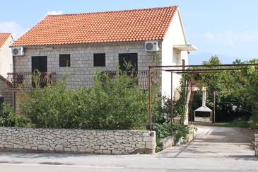Property Supetar (Brač) - Accommodation 2868 - Rooms with pebble beach.