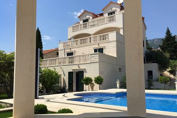 Property Bol (Brač) - Accommodation 2874 - Apartments with pebble beach.