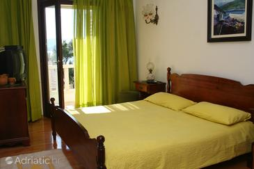 Room S-2875-a - Apartments and Rooms Bol (Brač) - 2875
