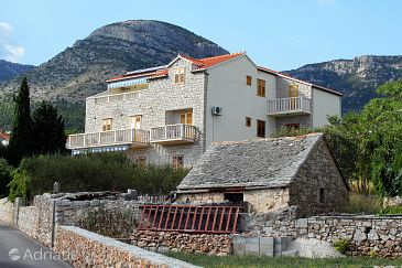 Property Bol (Brač) - Accommodation 2900 - Apartments with pebble beach.