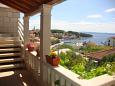 Courtyard Sumartin (Brač) - Accommodation 2952 - Apartments near sea with pebble beach.