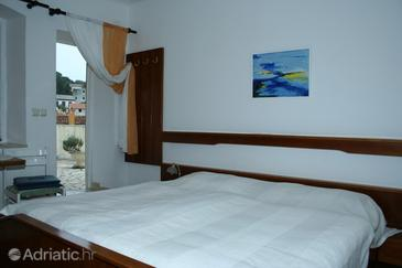 Room S-3041-a - Rooms Veli Lošinj (Lošinj) - 3041