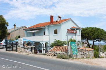 Mali Lošinj, Lošinj, Property 3042 - Apartments with pebble beach.