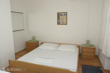 Room S-3067-c - Apartments and Rooms Splitska (Brač) - 3067