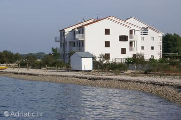 Mirca, Brač, Property 3068 - Apartments blizu mora with pebble beach.