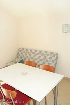 Apartment A-3086-e - Apartments Stara Novalja (Pag) - 3086