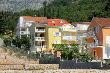 Slano, Dubrovnik, Property 3183 - Apartments with pebble beach.