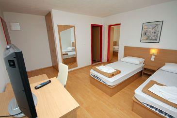 Room S-3186-a - Rooms Gradac (Makarska) - 3186
