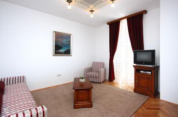Tisno, Living room u smještaju tipa room, dostupna klima i WIFI.