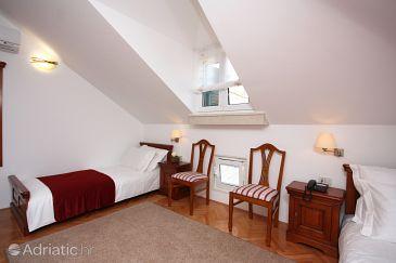 Tisno, Bedroom u smještaju tipa room, dostupna klima i WIFI.