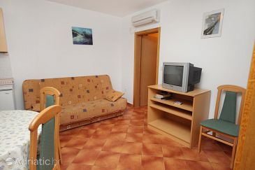 Apartment A-3223-a - Apartments Linardići (Krk) - 3223