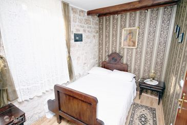 Room S-3227-b - Rooms Trogir (Trogir) - 3227