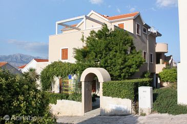 Property Postira (Brač) - Accommodation 3230 - Apartments with pebble beach.