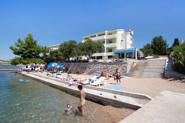 Property Rtina - Miletići (Zadar) - Accommodation 3256 - Rooms near sea with pebble beach.