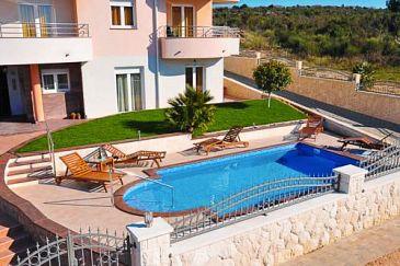 Obiekt Zadar - Diklo (Zadar) - Zakwaterowanie 3258 - Apartamenty ze żwirową plażą.