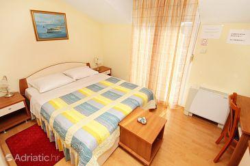 Room S-3269-g - Rooms Kaštel Štafilić (Kaštela) - 3269