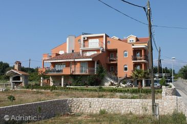 Property Novalja (Pag) - Accommodation 3299 - Apartments with pebble beach.