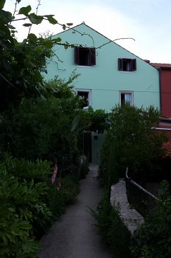 Property Nerezine (Lošinj) - Accommodation 330 - Apartments near sea with pebble beach.