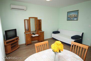 Petrčane, Living room u smještaju tipa apartment, dostupna klima i dopusteni kucni ljubimci.
