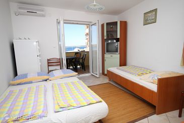 Apartment A-3316-a - Apartments Povljana (Pag) - 3316