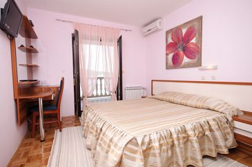 Room S-3322-c - Apartments and Rooms Seline (Paklenica) - 3322