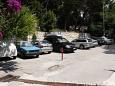 Parking lot Drašnice (Makarska) - Accommodation 3330 - Apartments near sea with pebble beach.