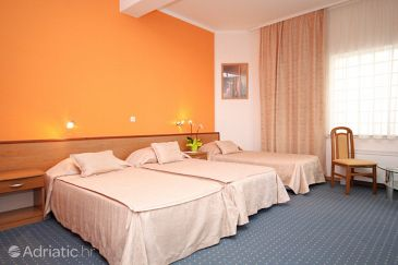 Room S-3333-a - Rooms Starigrad (Paklenica) - 3333