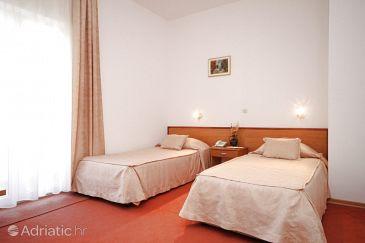 Starigrad, Bedroom u smještaju tipa room, dostupna klima i WIFI.