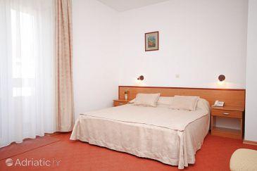 Room S-3333-e - Rooms Starigrad (Paklenica) - 3333