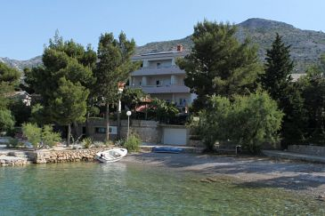 Property Starigrad (Paklenica) - Accommodation 3333 - Rooms near sea with pebble beach.