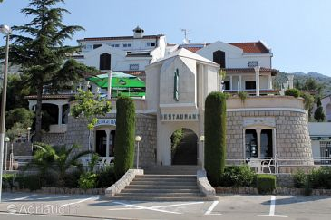 Property Starigrad (Paklenica) - Accommodation 3335 - Rooms near sea with pebble beach.