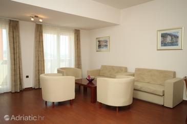 Apartment A-3336-j - Apartments Makarska (Makarska) - 3336