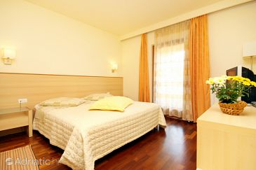 Room S-3338-g - Rooms Kršin (Novigrad) - 3338