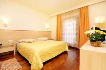Room S-3338-h - Rooms Kršin (Novigrad) - 3338