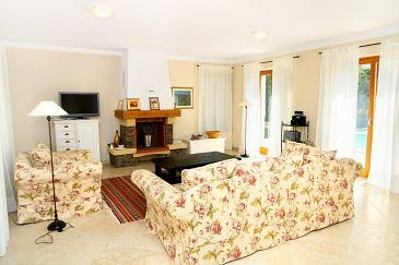 Karigador, Living room u smještaju tipa house, dostupna klima i WIFI.