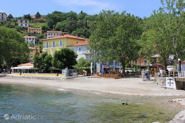 Property Ika (Opatija) - Accommodation 3426 - Apartments near sea with pebble beach.